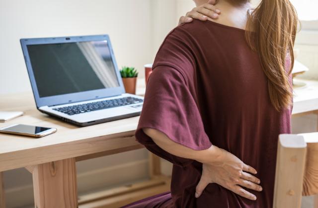 Veja as principais causas das dores na coluna